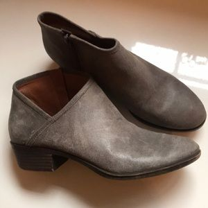 Lucky Brand Grey leather zip booties